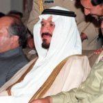 جنرل مشرف، سعودی وزیرِ دفاع اور ولی عہد پرنس سلطان بن عبدالعزیز اور نواز شریف چھ مئی 1999 کو ایک دفاعی بریفنگ میں